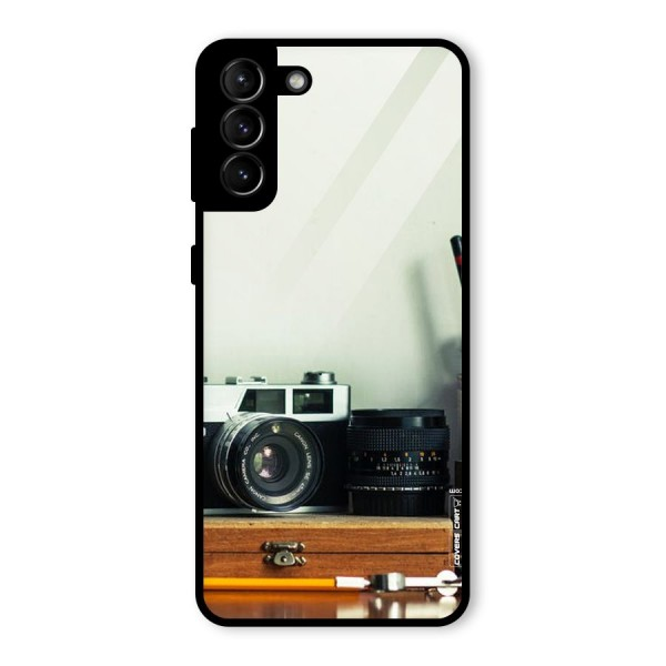 Photographer Desk Glass Back Case for Galaxy S21 Plus