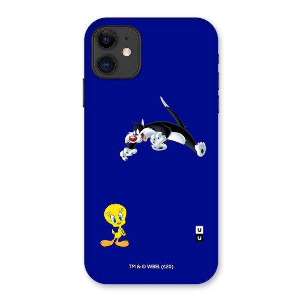 Sylvester Attacking Cute Tweety Back Case for iPhone 11